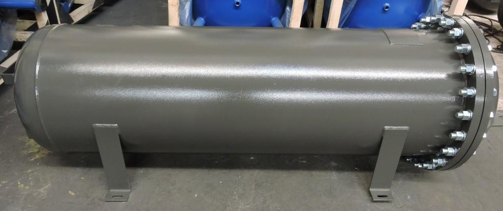 Horizontal steel welded receiver